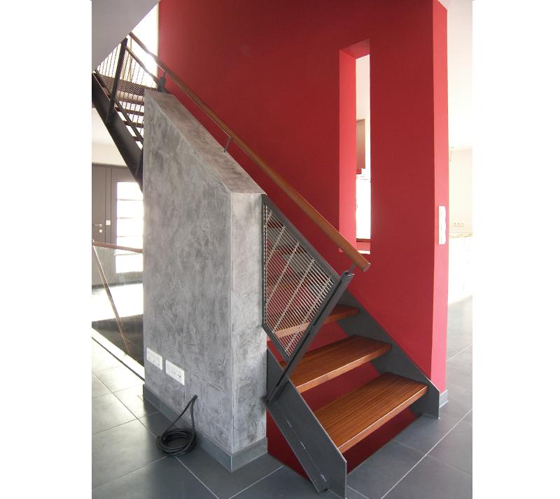 einfamilien wohnhaus grundriss treppe keine trennenden t ren schlafgalerie. Black Bedroom Furniture Sets. Home Design Ideas